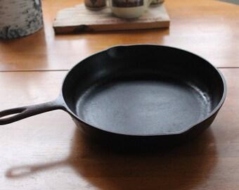 BSR #8 Cast Iron Pan