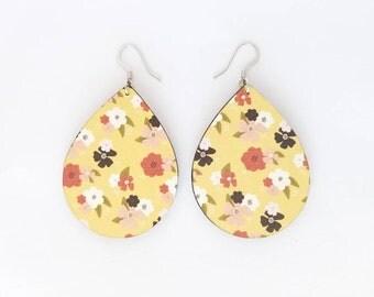 Weightlesswood, floral earrings,wood earrings,trendy,lightweight,spring, jewelry