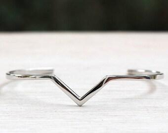 v triangle Silver 925 Bangle Bracelet