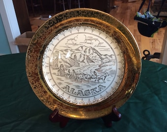 """Alaska Collectors Plate 10"""" with 22K Gold"""