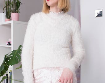 White Cropped Fluffy V Neck Sweater | Vintage Style | 90s | Faux Fur | Furry