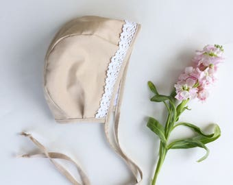 Beige baby bonnet // organic cotton / bonnet