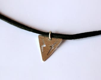 Crew neck, choker, triangle, lightning, silver pendant hammered, minimal design, geometric design
