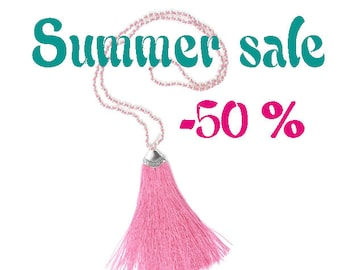 SUMMER SALE / / / pink necklace boho Balinese Variation / / / necklace with a silky cotton tassel and silver beads