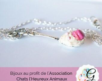 Necklace big spoon cream vanilla and badge