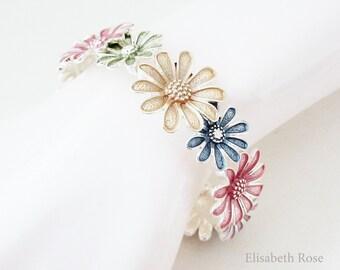 Daisy Flower Bracelet, Floral Design Bracelet, Flower Bridesmaid Bracelet, Floral Daisy Bracelet, Bridesmaid Bracelet, Bridesmaid Jewelry
