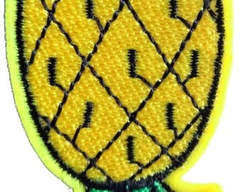 Embroidered back fusible pineapple 7 x 4 cm