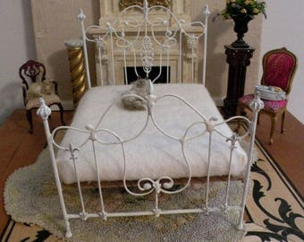 "Artisan Made Barbie 1:6 Scale Wrought Iron Look Bed ""FIONA"""