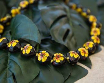 KUKUI NUT LEI - Hand Painted Yellow Hibiscus
