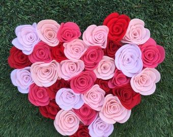Valentine's felt flower wreath/plaque/front door/gallerywall/felt wreath/gift/