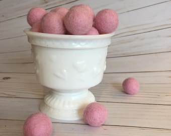 2cm Felt Balls - Baby Pink - 12 Count