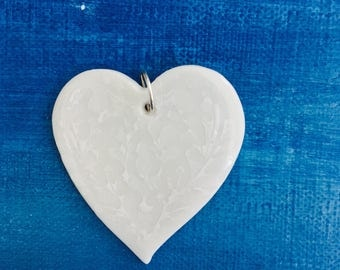Porcelain Clay White Heart Shaped Pendant with Japanese Tissue Transfer Paper