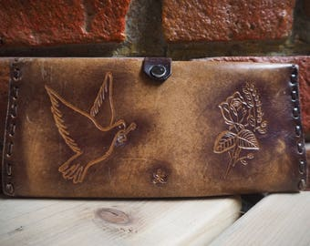 Women's 70s Brown Tooled Leather Wallet Purse With Bird And Rose Detail