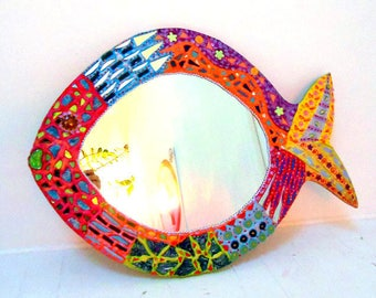 Coconut mosaic fish and unique cheerful painting 56 X 61 cm