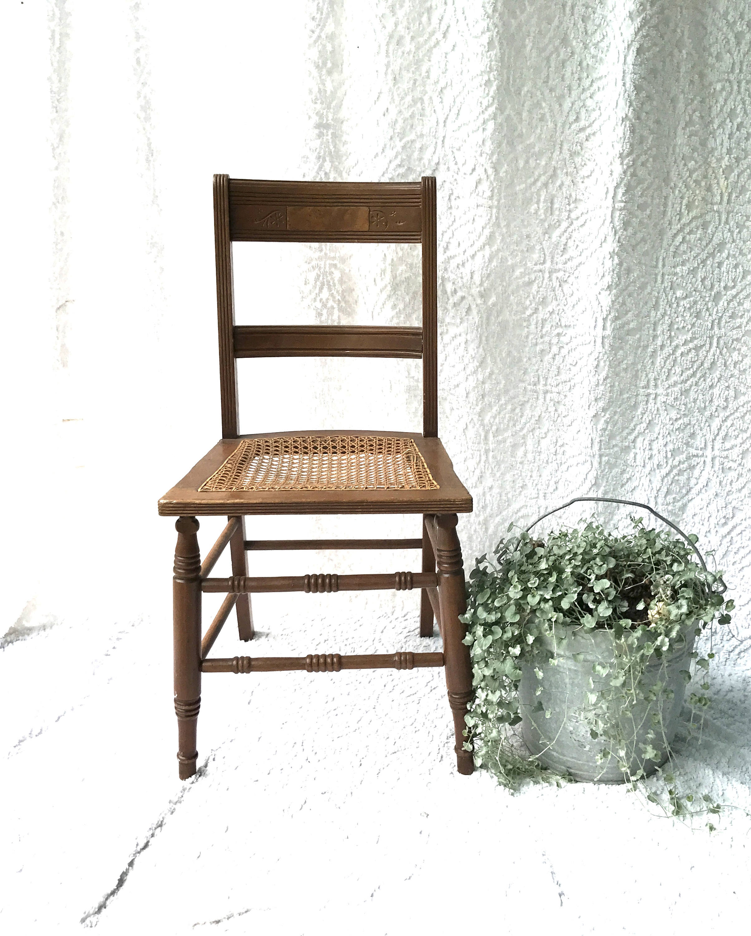 Vintage Wooden Kitchen Chairs: Vintage Wooden Cane Chair Caned Bottom Wood Chair Kitchen