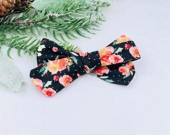 Baby Girl hand tied Bow - Nylon Headbands - Hair clip - Infant / Toddler /  Fabric Hair Bows / Clips -  black floral