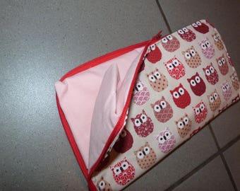 "A foldable ""owls"" shopping bag"