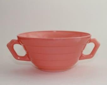 Hazel Atlas Moderntone Handled Soup Bowl in Pastel Pink