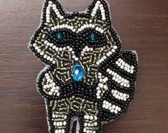 Raccoon  brooch