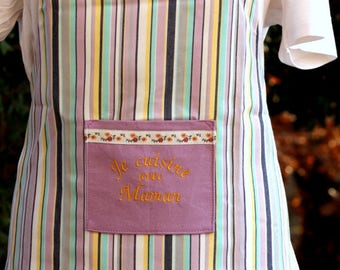 "Child apron embroidered machine ref 1 ""I cook with MOM""OOAK"