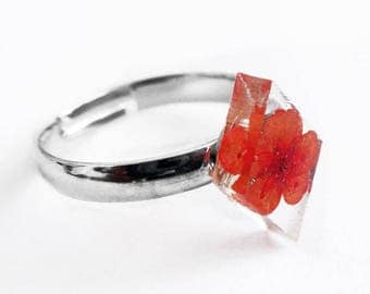 Diamond ring coral flowers and resin - nature jewelry with dried flowers