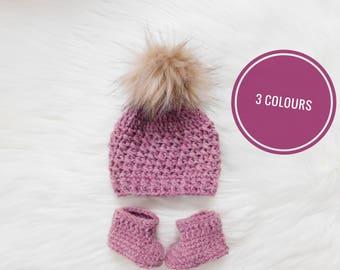 newborn gift set - baby gift - crochet beanie - beanie and booties - baby booties set - handmade gift - handmade baby beanie - baby shower