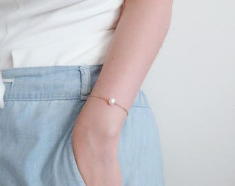 Pearl Bracelet, dainty bracelet, rose gold filled bracelet