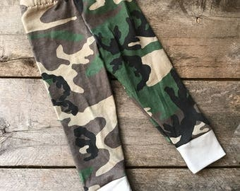 Camo baby leggings; camouflage leggings; baby pants