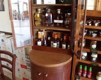 Showcase bin