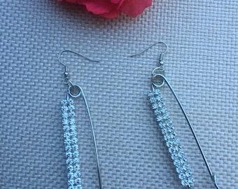 pin earring,earring,long earring,shinny earring,pierced earring,handmade earring,silver earring,rhinestone earring