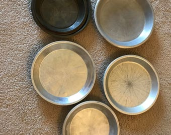 10 Vintage Assorted Pie Pans