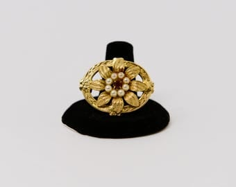 Esther Brooch