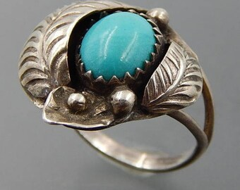 Vintage Navajo sterling silver turquoise feathers lily pod flower ring size 3.25