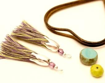 2 PomPoms purple, Khaki, lilac Pearl, silver, Tassel