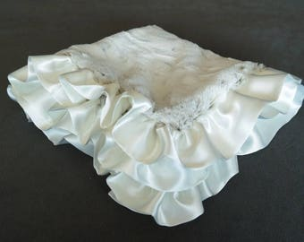 Arctic Fox Security Blanket with Satin Ruffle in Ivory