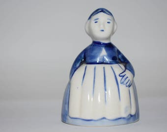 Blue and white figurine vintage