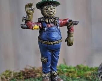 Fairy Garden Dollhouse Miniature Diorama Miniature Scarecrow