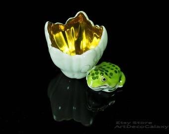 Miniature Porcelain Bud Vase With Frog