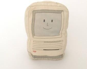 "Apple Computers Smack-a-Mac RARE VINTAGE 1989 (Macintosh SE soft ""toy"")"
