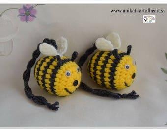 Crochet Bumble Bee / Bee Pendant / Bee Amigurumi / Bee Crochet Toy / Bee Cute Gift / Bumble Bee Charm Gift / Bumble Bee Car Charm / Bee Gift