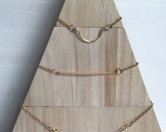 The Crescent Necklace