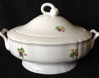 Mikasa Shaughnessy L9317 Oval Covered Vegetable