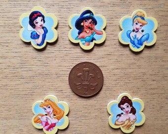 set of 5 Disney princess buttons