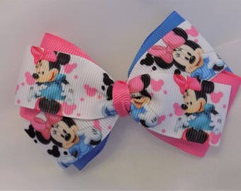 Minnie Mouse Hair Bow - Girl hair bow, Disney hair bow, Toddler bow, Hair accessory, Hair clip for bows, Minnie Mouse, Blue and pink bow