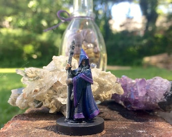 Wizard /Sorcerer RPG Minature- With Staff and magical robe- Mini for Dnd/Pathfinder/etc.