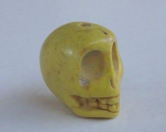 10 yellow skull beads 13 x 12 mm - howlite
