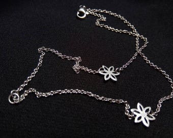 Spring delight stainless steel flower bracelet