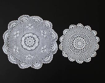 Pair of vintage crochet doilies, 100% cotton, white colour