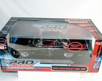 Maisto Pro Rodz Pro-Touring 1962 Chevrolet Bel Air GTP39 Wheels 1/18 Diecast Car