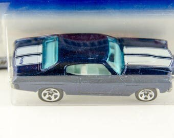 Hot Wheels 1999 First Editions 1970 Chevelle 1/64 Diecast